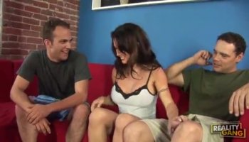 Anne Amari spread legs and got the monster cock in her pussy